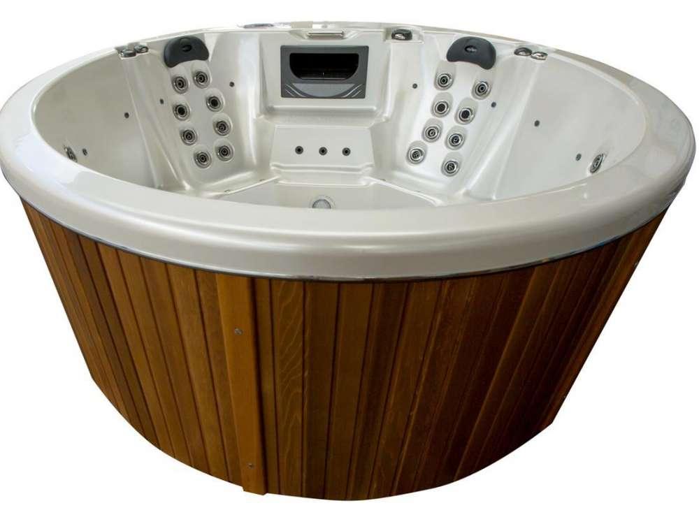 My Hot Tub Pearl Spa 31a web